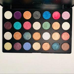Mac pigment palette